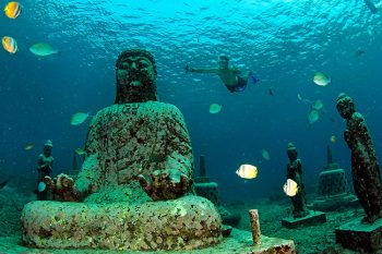 Snorkeler & statues from the internet-not Temple Garden