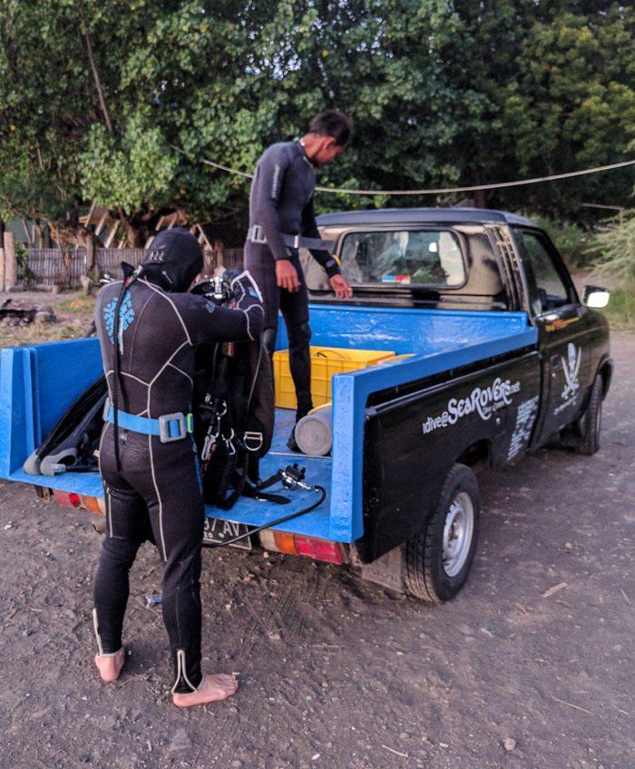 Dive guide Edi, Mucky Pirates Bay, night dive, Pemuteran, Bali, Indonesia