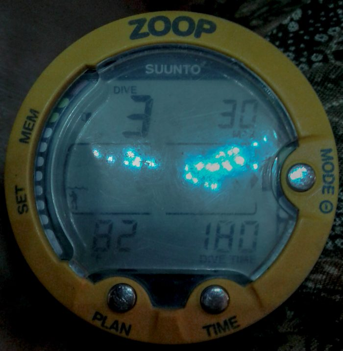 Zoop dive computer showing 3 hour dive