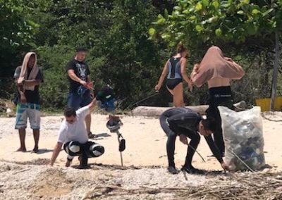 Impromtu beach clean up